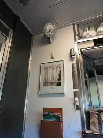 Single berth section picture of via rail canada canada Via rail canada cabin for 2