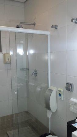 Atma Hostel: banho bom, com bastante pressão