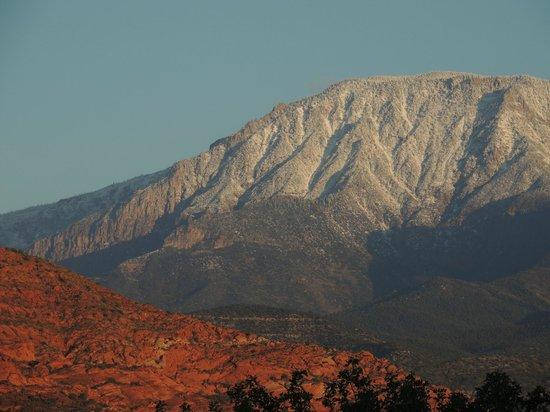 St. George/Hurricane KOA: mountain views  from campground