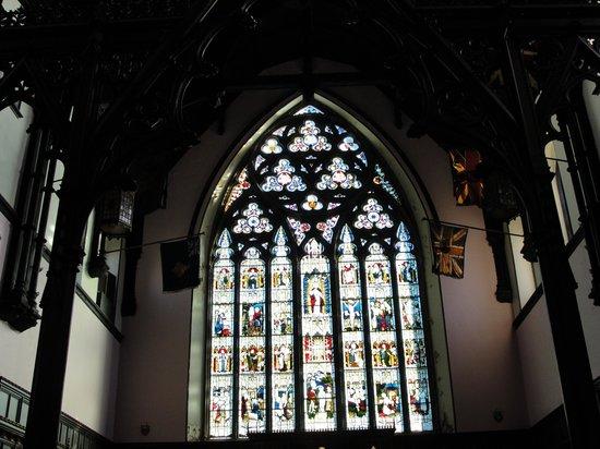 Trinity Church: Beautiful stain glass window