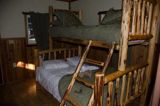Union Creek Resort: Bunk Bed