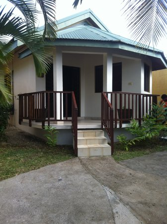 Tradewinds Villas : Seperate Individual Bungalows