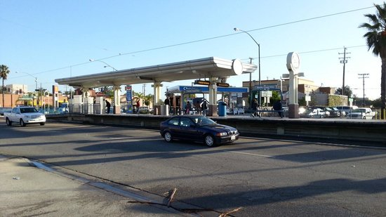 Best Western Of Long Beach : Light-rail train station near hotel
