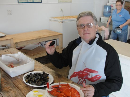 Ryer Lobsters: Eating lobster