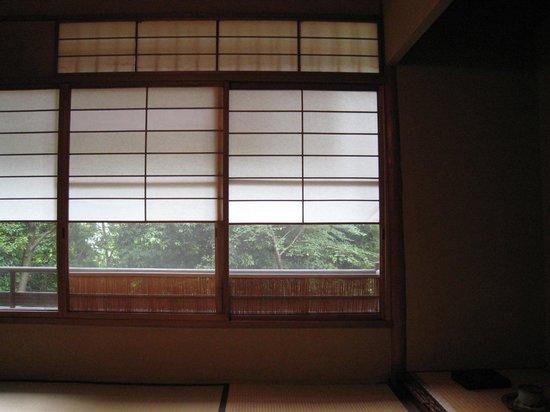 Salon Haraguchi Tenseian: newcat68