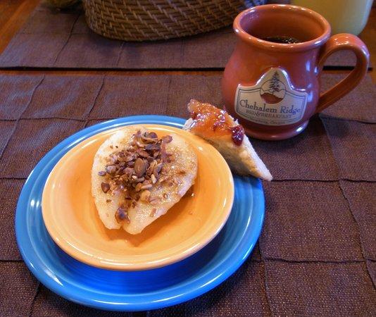 Chehalem Ridge Bed and Breakfast: breakfast