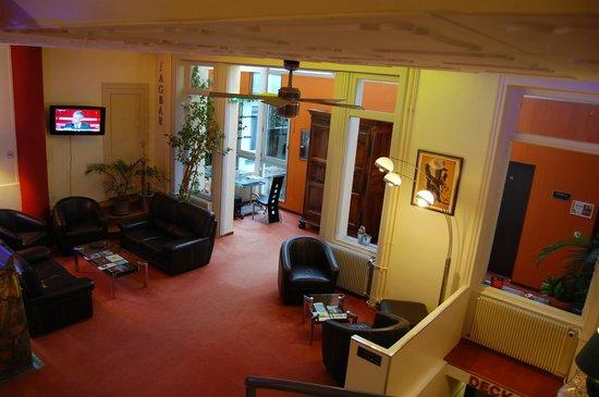 Hotel du Midi: LOUNGE BAR