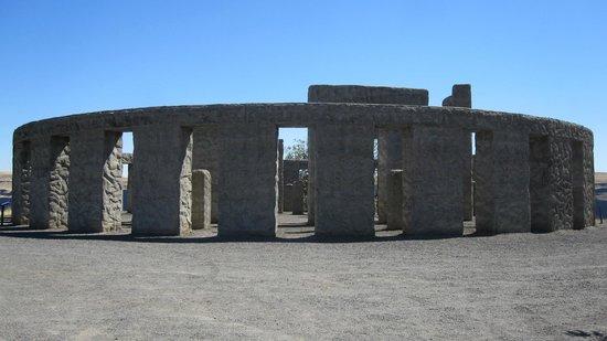 Maryhill Museum of Art: Maryhill Stonehenge Replica