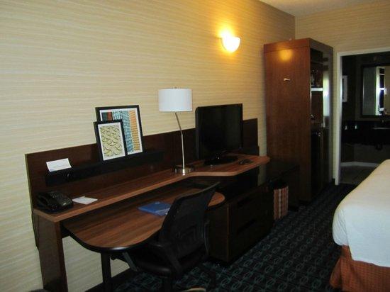 Fairfield Inn by Marriott Anaheim Hills Orange County: Desk