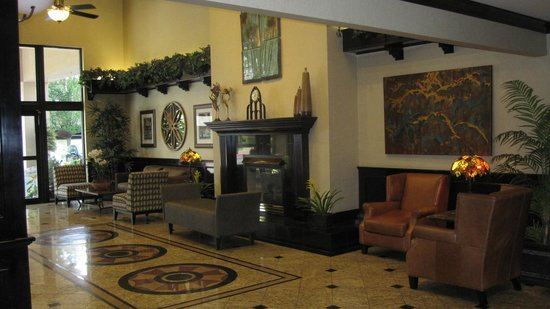 Oxford Suites Downtown Spokane : Oxford Suites Lobby