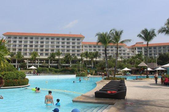 Shangri-La's Mactan Resort & Spa: отель