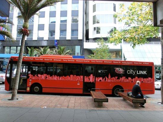 Queen Street: the bus