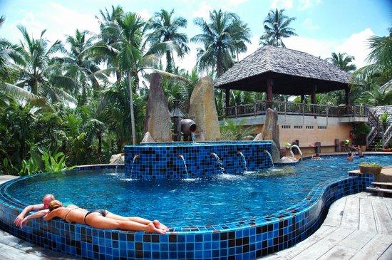 The Spa Resort Koh Chang: Seasalt-treated Swimming Pool