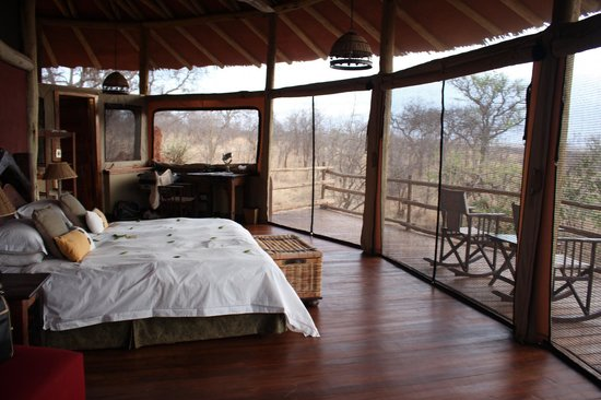 Tarangire Treetops: Our lovely room in a tree!