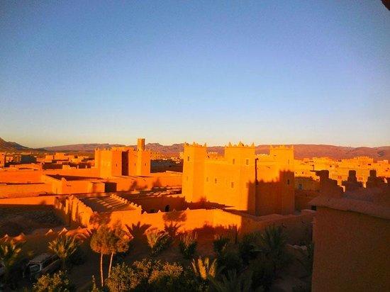 Kasbah Baha Baha: Les kasbahs de N'kob au levé du soleil
