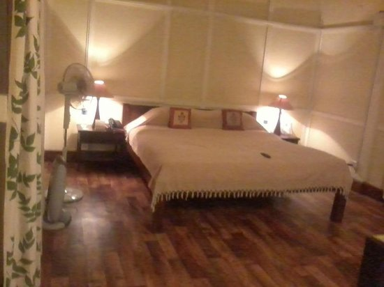 Cafe Shillong Bed & Breakfast: Room #201