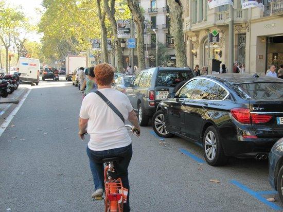 Budget Bikes Tours: Budget Bike Tour of Barcelona