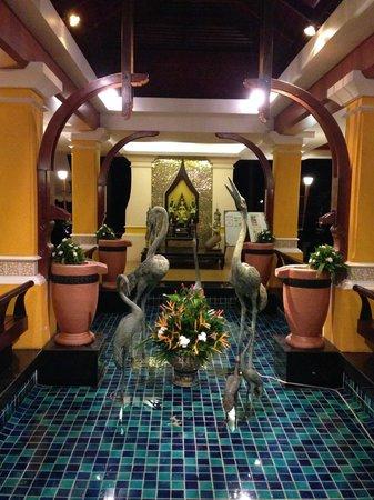 Andaman Cannacia Resort : hall d'accueil