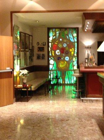 Hotel Duran : Lobby