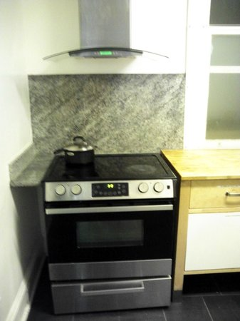 325 Sutter Hotel : キッチンの写真2