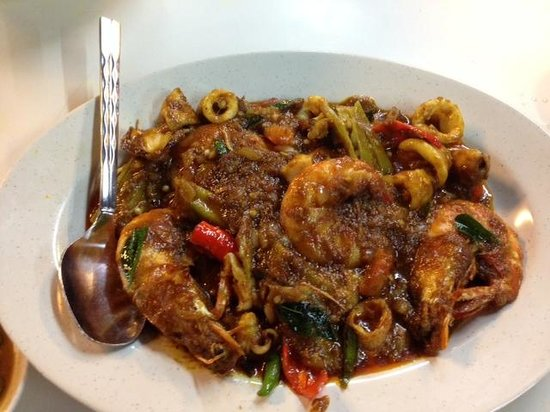 mixed curry seafood - Photo de Beach Corner Seafood, Batu Ferringhi ...