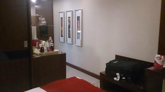 Crowne Plaza Riyadh Minhal: Room