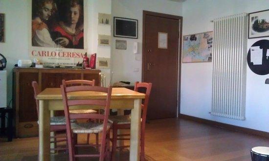 A Casetta Mia: stanza comune/colazione