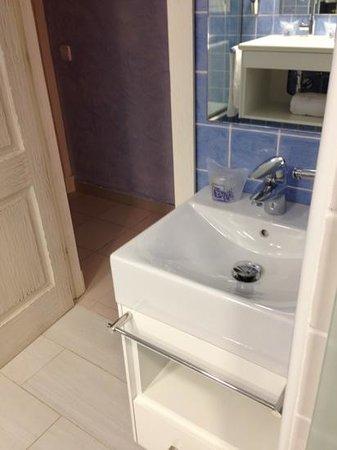Royal Son Bou Family Club: mini lavabo para niños :)