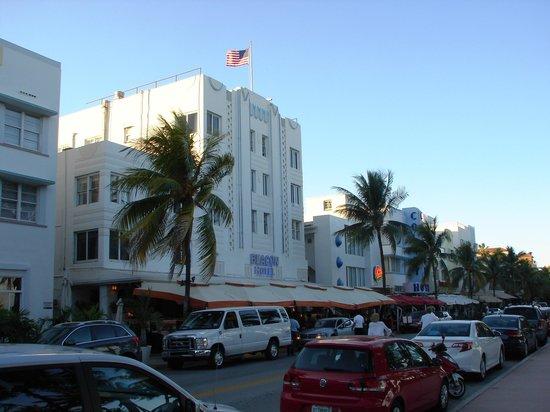 Beacon South Beach Hotel : Outside