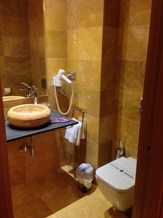 Hotel De Martin: Bagno
