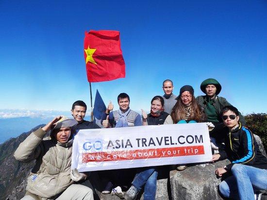 Go Asia Travel : Fan Si Pan Peak Overcome