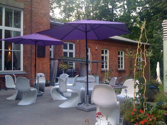 Organizational setback - Review of Steff cafe bar, Warsaw
