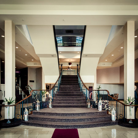 Westgrove Hotel and Conference Centre: Our wonderful lobby