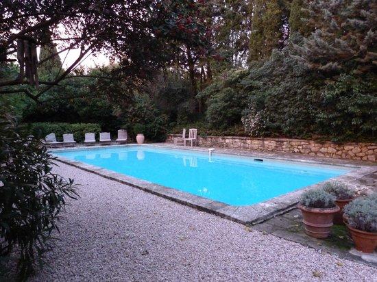 La Maison de Rocbaron: La piscine