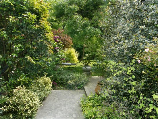 B&B Il Pettirosso: Ingresso giardino