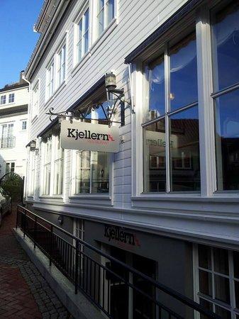Kjeller'n Restaurant: Kjeller'n entrance