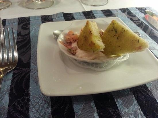 La Fontaine : salmon and cauliflower mousse