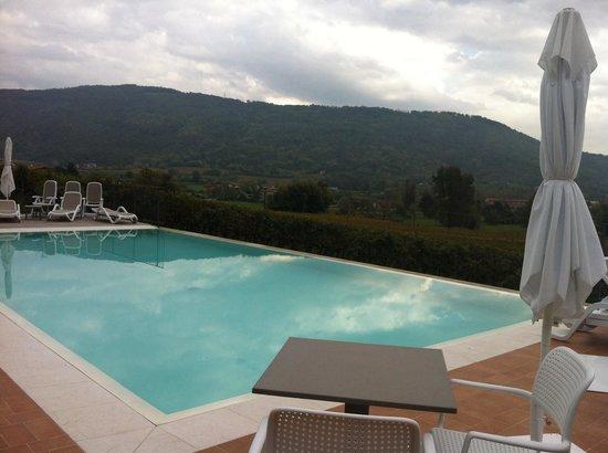 Agriturismo Corte Lantieri: La piscina!