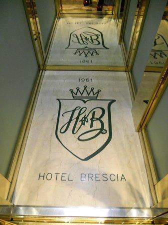 Hotel Brescia: ascensore