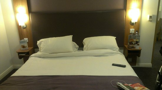 Nice bed although very low for wheelchair users