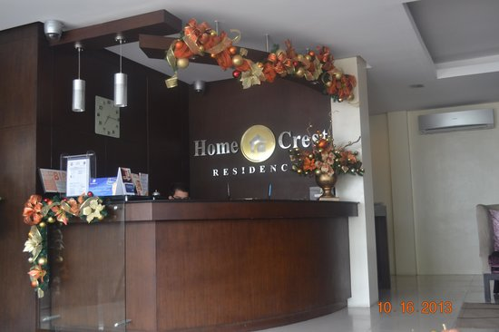 Home Crest Hotel: Reception