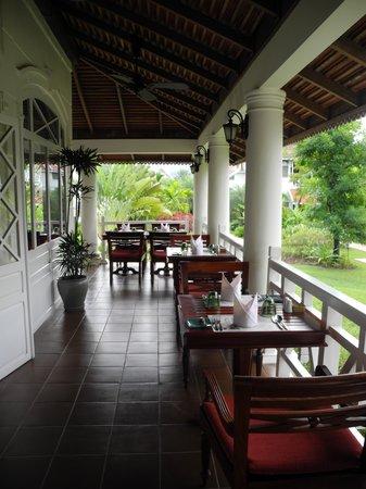 The Luang Say Residence: Frühstücksterrasse