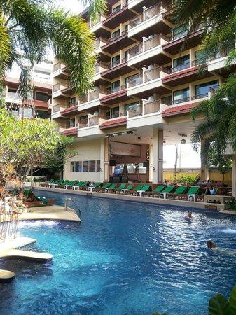 Baumanburi Hotel : The newer building