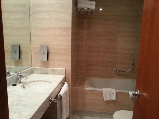 HQ La Galeria Hotel : Baño