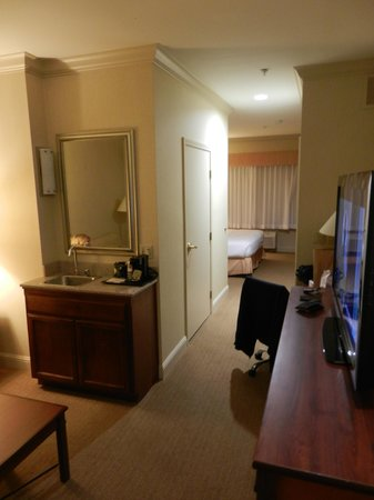 Best Western Plus All Suites Inn: Lounge
