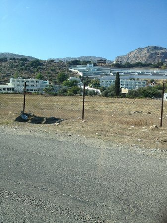 Lindos White Hotel and Suites: the hotel from mainroad