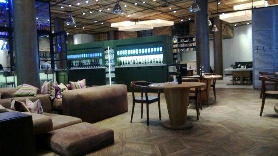 La Baracca Hamburg : Blick zur Weinbar