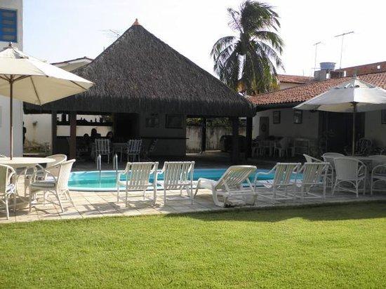 Suites Veneza: piscina