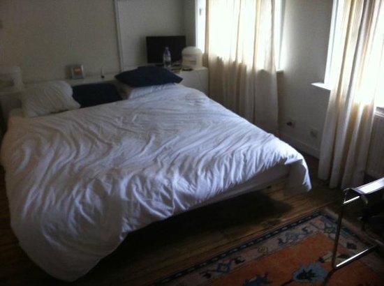 Brugge Bed & Breakfast : Bett, gute Matratzen übrigens ...