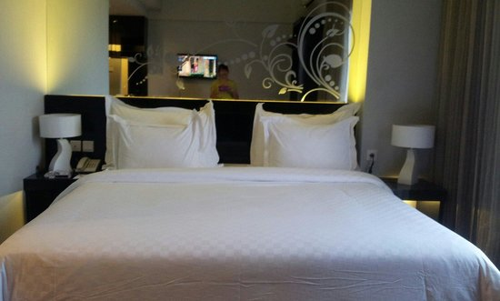Grand Darmo Suite by AMITHYA : Deluxe room